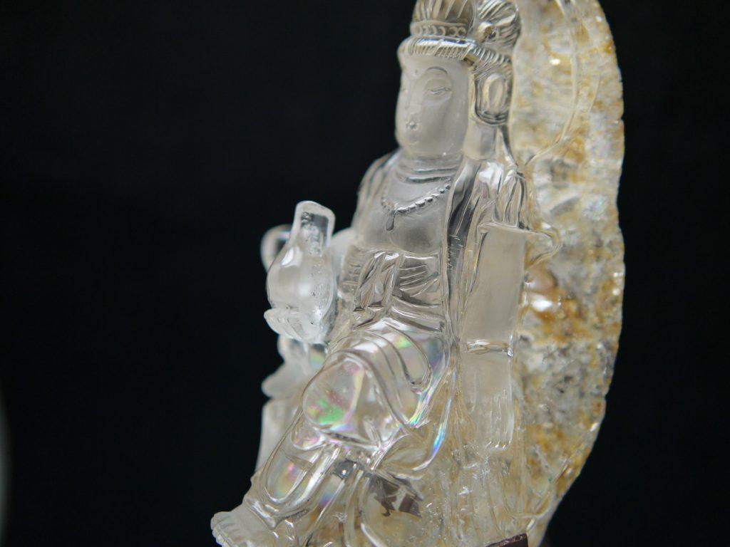 水晶観音様 彫刻