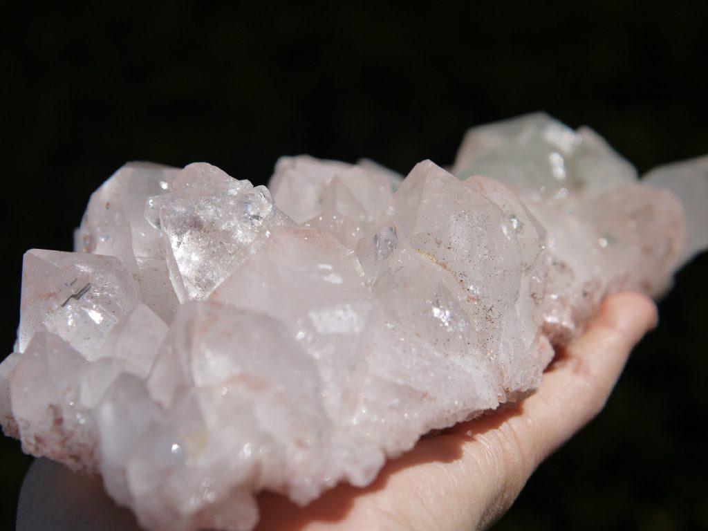 ヒマラヤ水晶クラスター マニカラン産