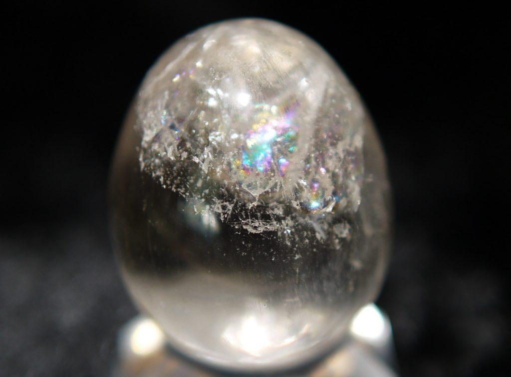 レインボー水晶 エッグ(ヒマラヤ産)
